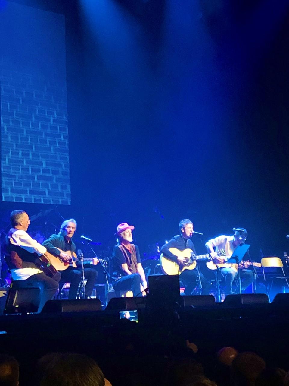 Video - Noel in acustico al Peter Green Tribute 'The World Keeps Turning'
